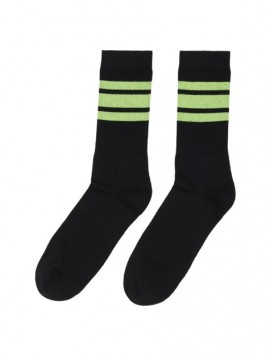 Casual sport negro bandas verde
