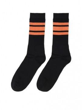 Casual sport negro bandas naranja
